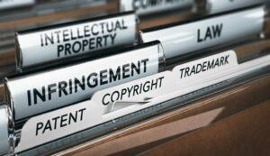 La importancia de registrar una marca. Danos y perjuicios en caso de plagio